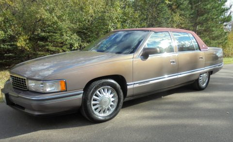 1994 Cadillac Deville Concourse in good condition for sale