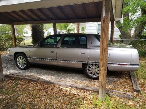 NICE 1995 Cadillac Deville Concours for sale
